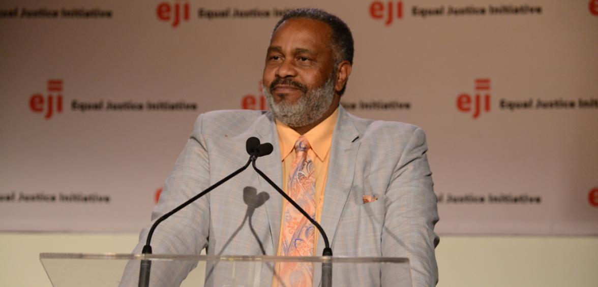 Anthony Ray Hinton speaking at EJI's 2016 benefit